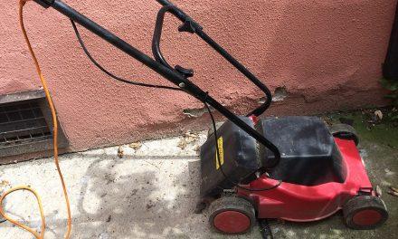 Szívás az elektromos fűnyíróval