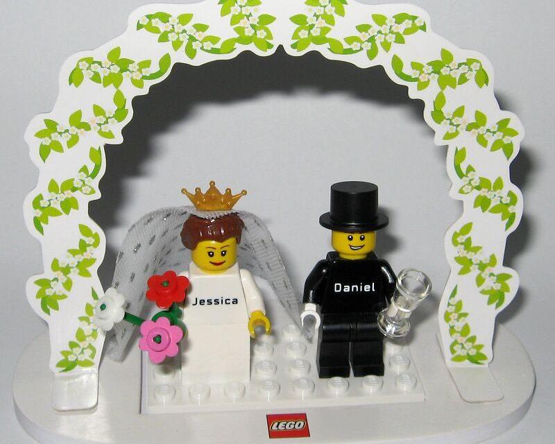 """""""Kinek virág kell, nem hord rózsaberket…"""" – ellenszer esküvői virágmérgezés esetére"""