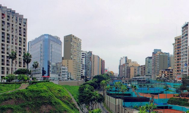 Lima terjeszkedése bezabálja az ősi romokat?