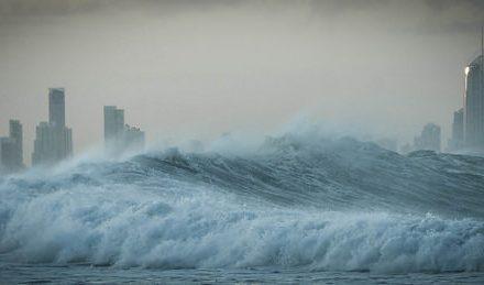 Ember alkotta óriási hullámok segítenek megérteni a cunamit
