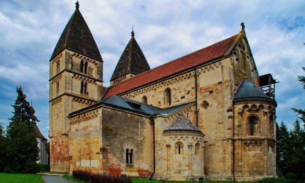 Teljesen felújítják az Árpád-kori jáki templomot