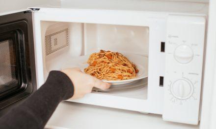 Sokkal károsabb a mikrohullámú sütő, mint gondolnád