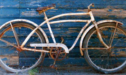 Hol tartsuk a bringát? Ötletek kültéri tárolásra