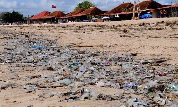 Bali nagytakarítást szervez, hogy szemétdomb helyett újra paradicsom legyen