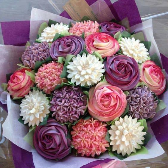 Díszíts sütit virággal úgy, mintha menő lennél!