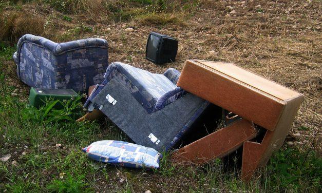 Itt tudod bejelenteni az illegális hulladéklerakókat és zavaró szagokat!