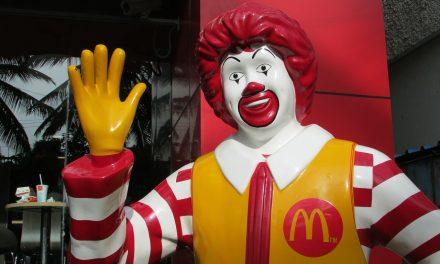 Papírra cseréli műanyag szívószálait a McDonald's