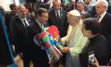 A pápa csípi a flip-flop művészetet