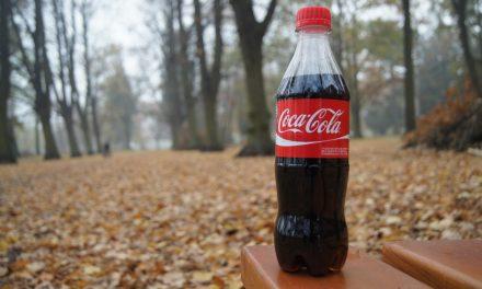 A Coca-Cola egyre több könnyebb és környezetkímélőbb palackot használ majd
