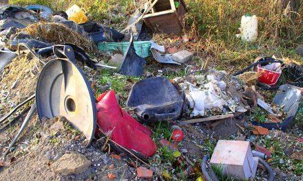 Zöldkommandó ellenőrzi a hulladéklerakást Miskolcon