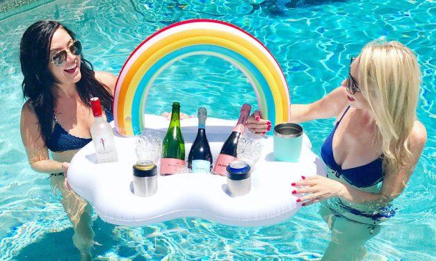 10 zseniális ötlet, amivel kimaxolhatod a medencében pancsolást