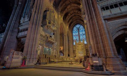 Több mint 5500 brit templom állt át megújuló energiaforrásokra, köztük híres katedrálisok