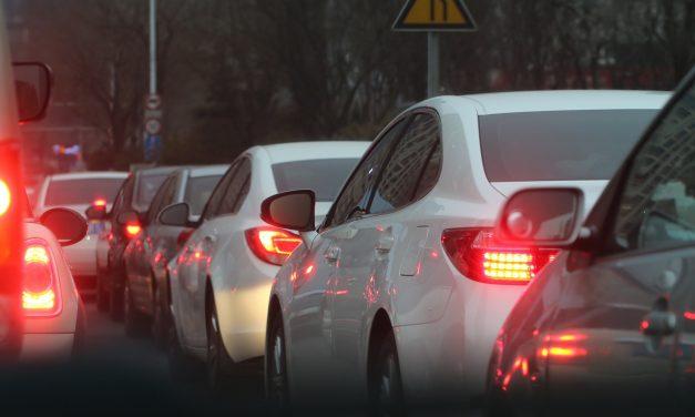 Büntetik az autógyártókat 2020-tól ha nem teljesítik a szén-dioxid kibocsátási normát