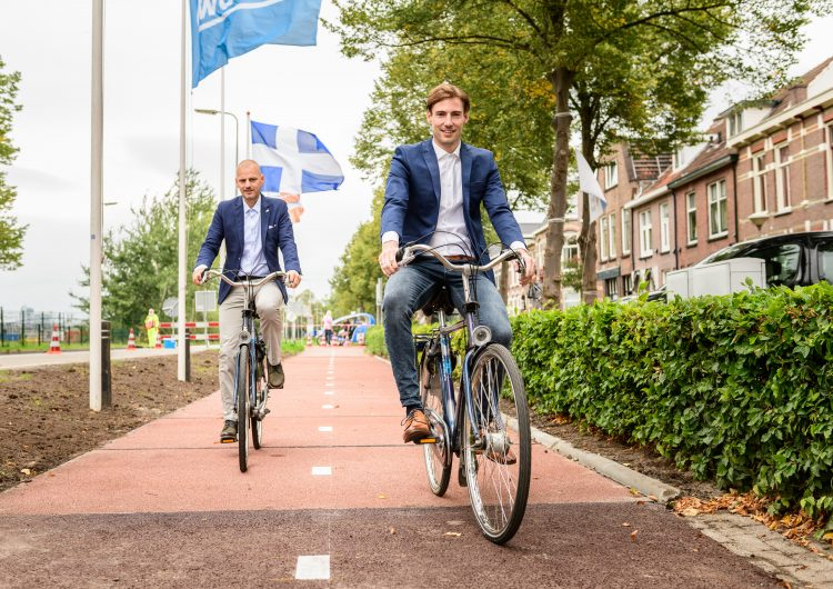 Ilyen az első újrahasznosított kerékpárút