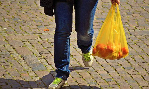 Mostantól nem használhatnak vékony műanyag zacskót Brüsszel üzletei