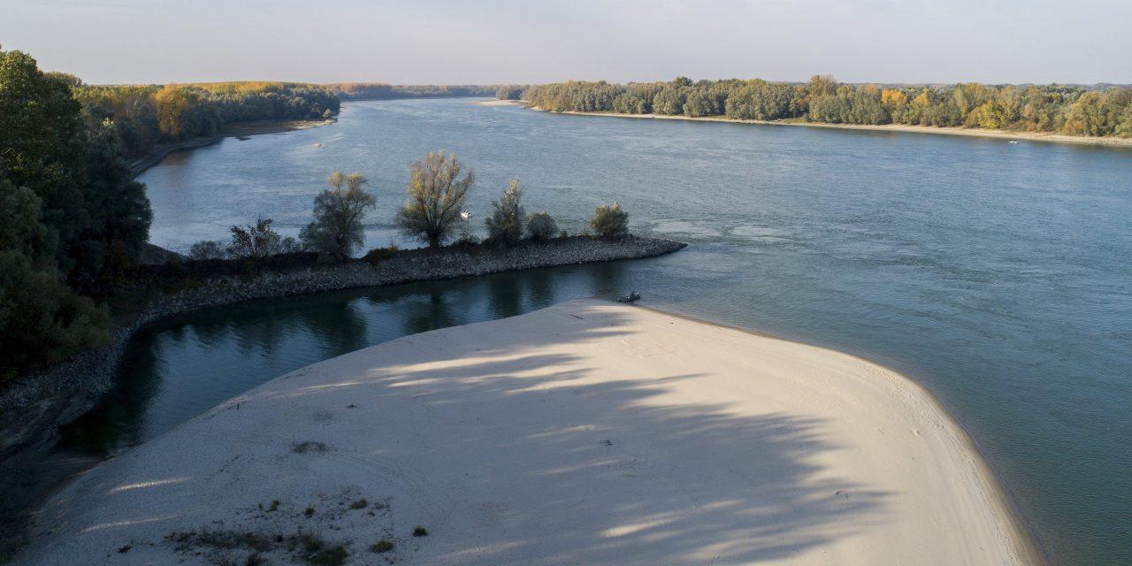 Napról napra újabb vízállási rekordok dőlnek meg a Dunán