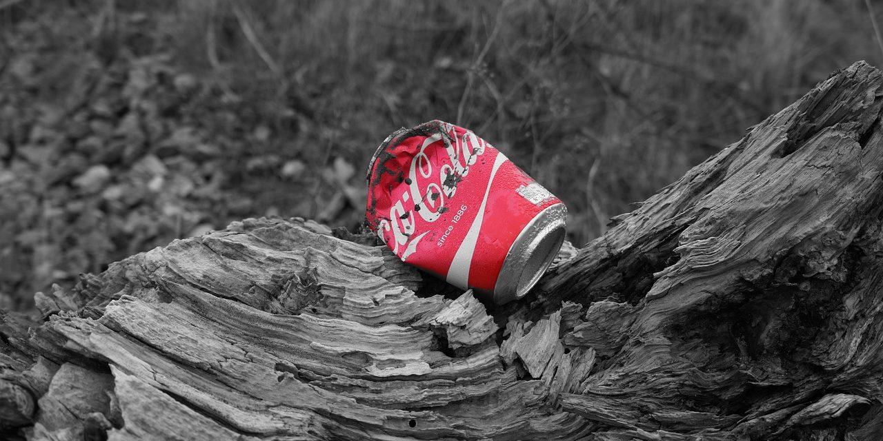 A Coca-Cola felelős a legtöbb műanyagszemétért
