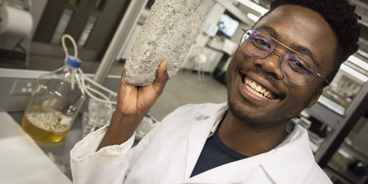 Elkészült az emberi vizeletből gyártott tégla