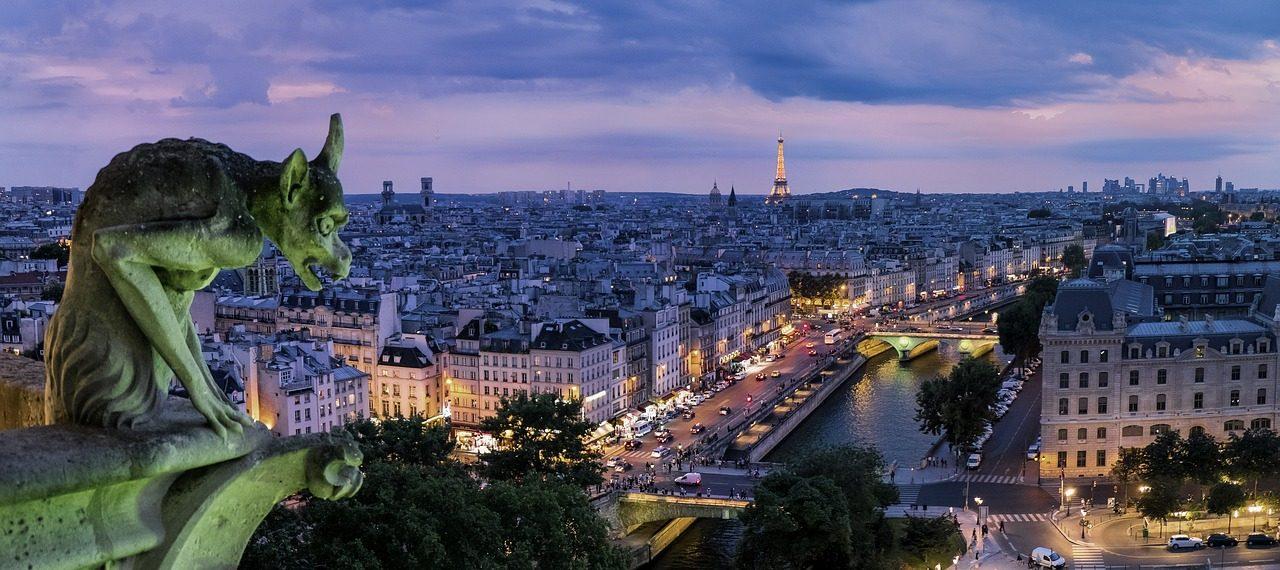 A teljes belvárosból kitiltaná a járműforgalmat Párizs főpolgármestere