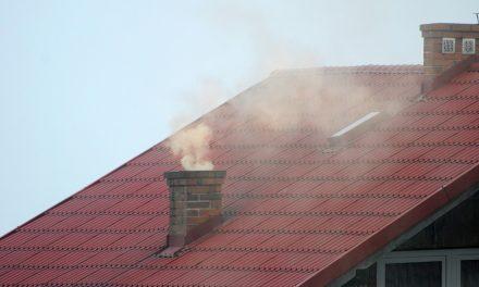 A helytelen lakossági tüzelés a légszennyezettség egyik fő forrása