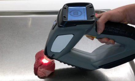 Ujjlenyomattal látják el a húsokat, hogy megállítsák a hamisítást