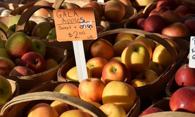 Bioanyuk, most figyeljetek: ezentúl így mossátok az almát!