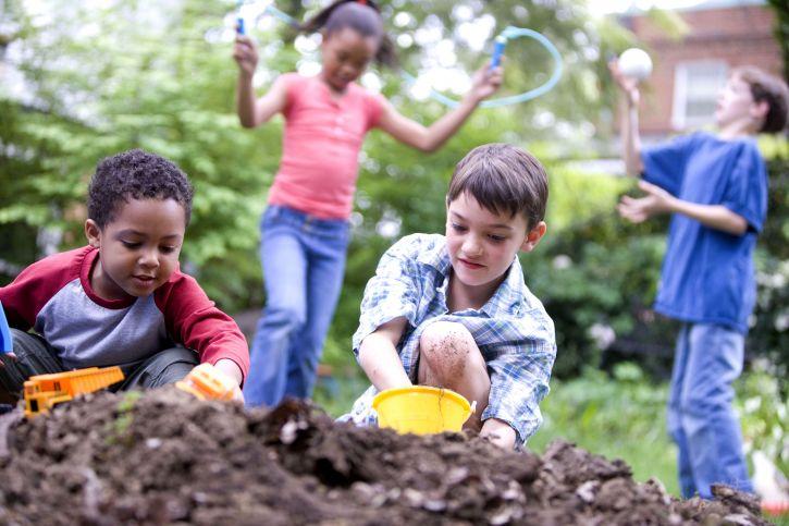A vidék életre neveli, a város előnyökhöz juttatja a gyerekeket