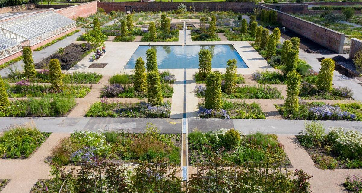 Így néz ki egy városi kert, ahová orvosok utalják be gyomlálni pácienseiket